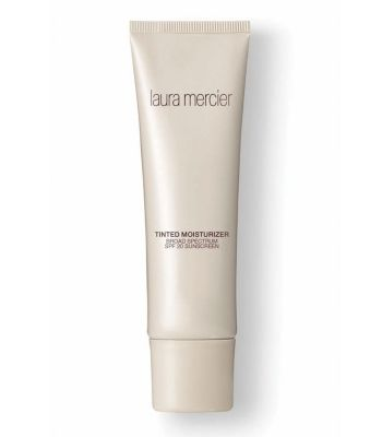 Tinted Moisturizer i gruppen Make Up / Bas hos COW parfymeri AB (1234300)